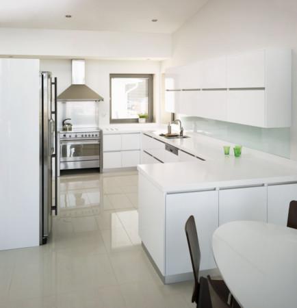 Aaria Premium Valkoinen Kiiltävä keittiö